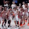 """日本女子バスケ、""""五輪記録""""記念ショットに称賛続々「スラムダンクみたい」「すごすぎ"""